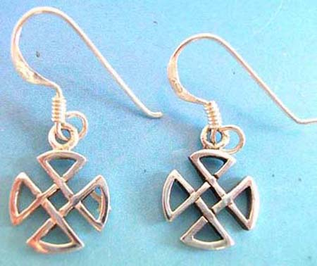thai sterling silver earring on french wire. cetlic knotwork